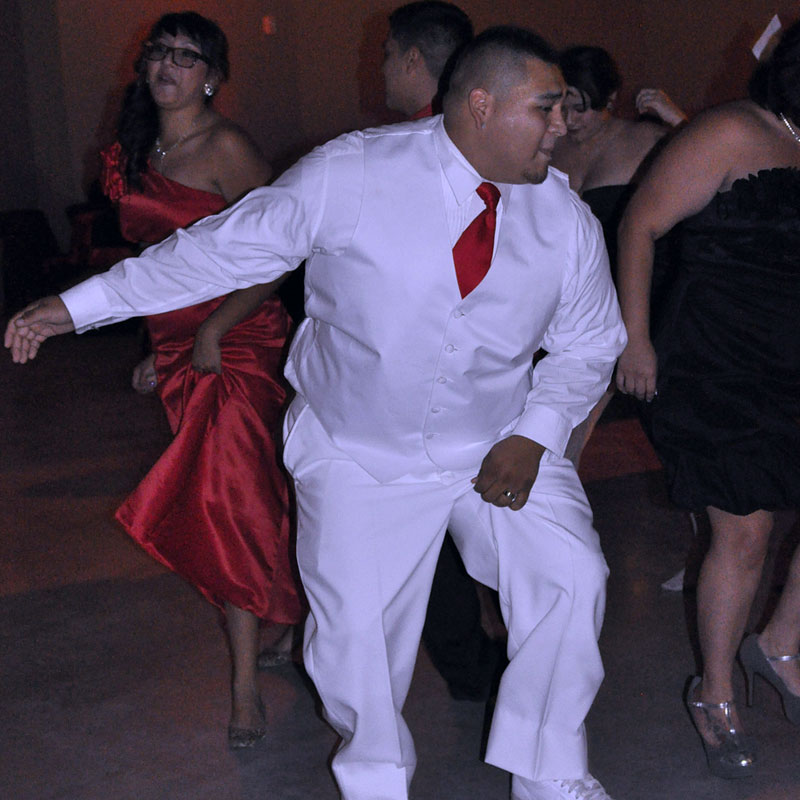 wedding groom dancing